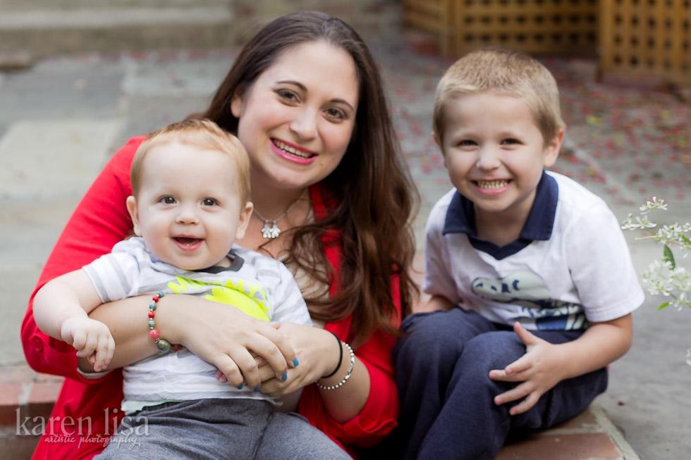 Mommy & her boys | © KarenLisa.com
